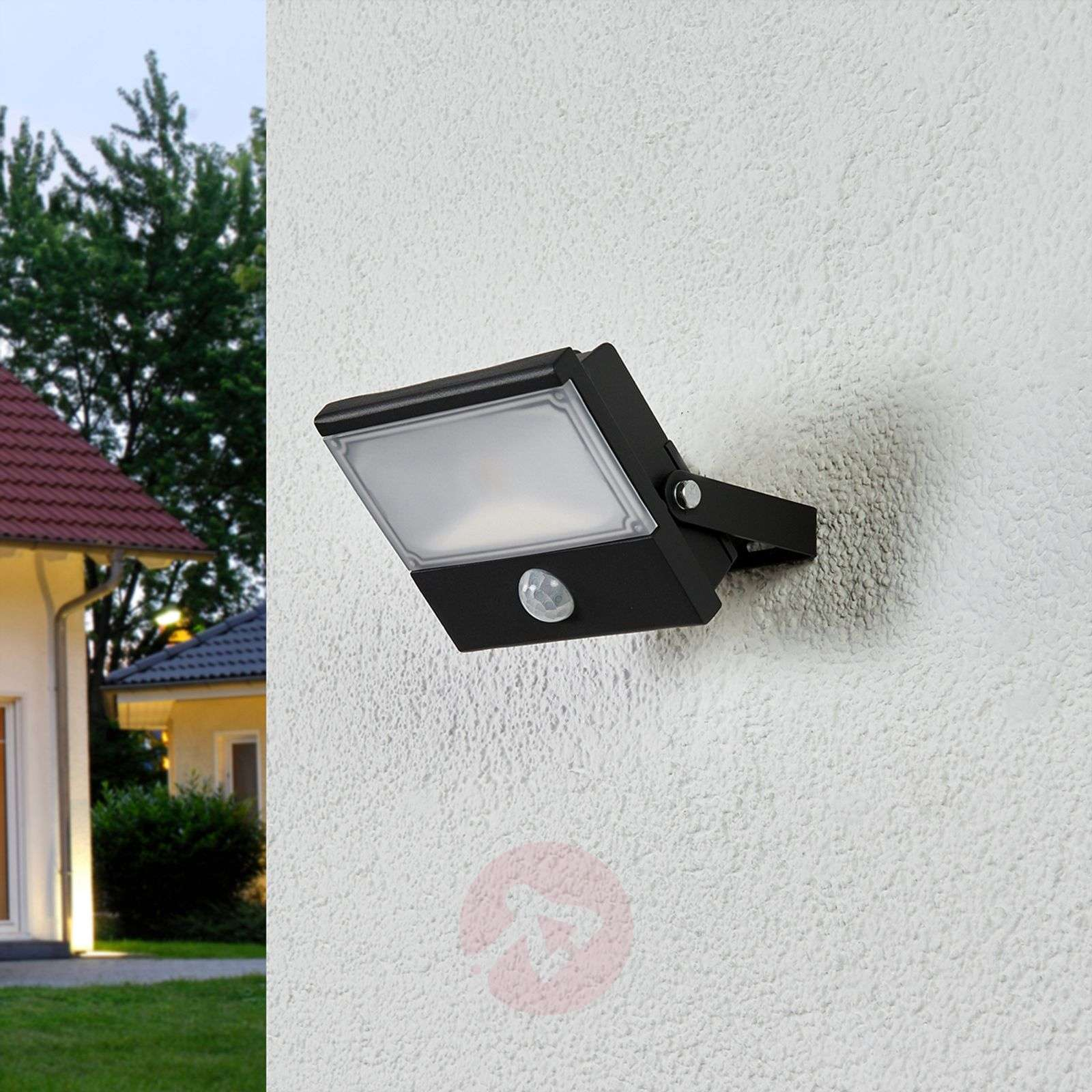 Auron Functional Led Outdoor Spotlight Sensor Lights Co Uk