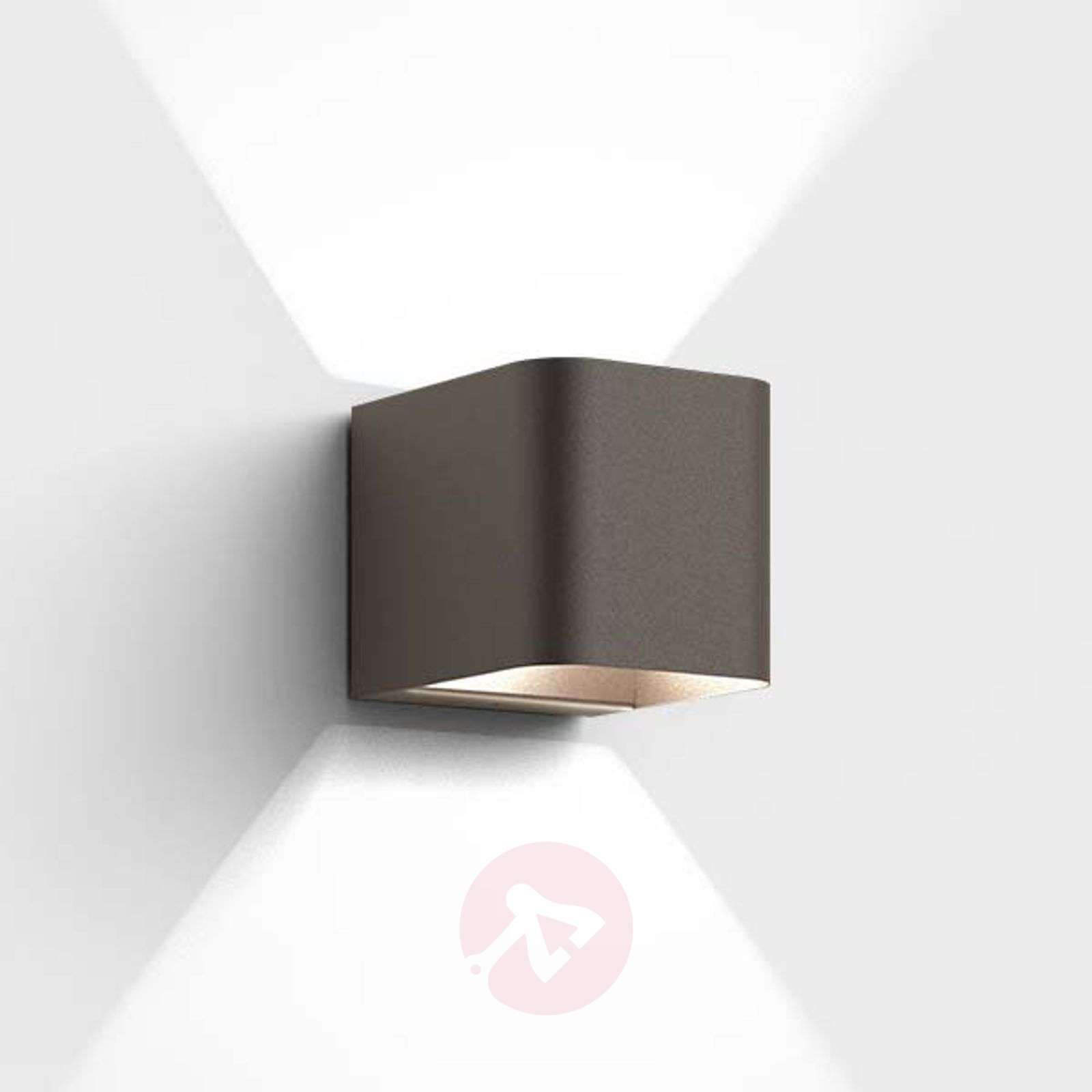 Compact Led Outdoor Wall Light Intro Lights Co Uk
