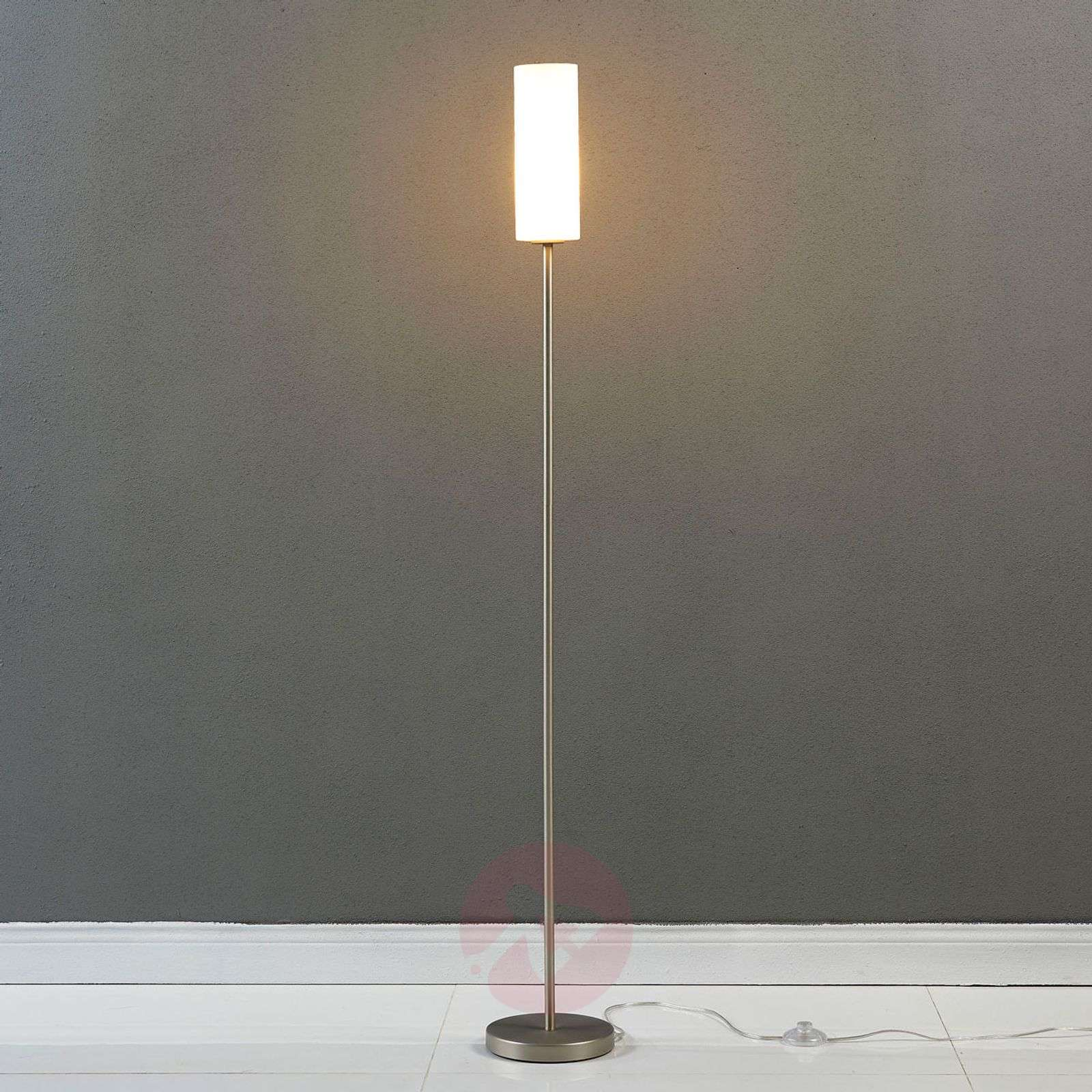 Discreet floor lamp Vinsta with slim glass shade | Lights.co.uk
