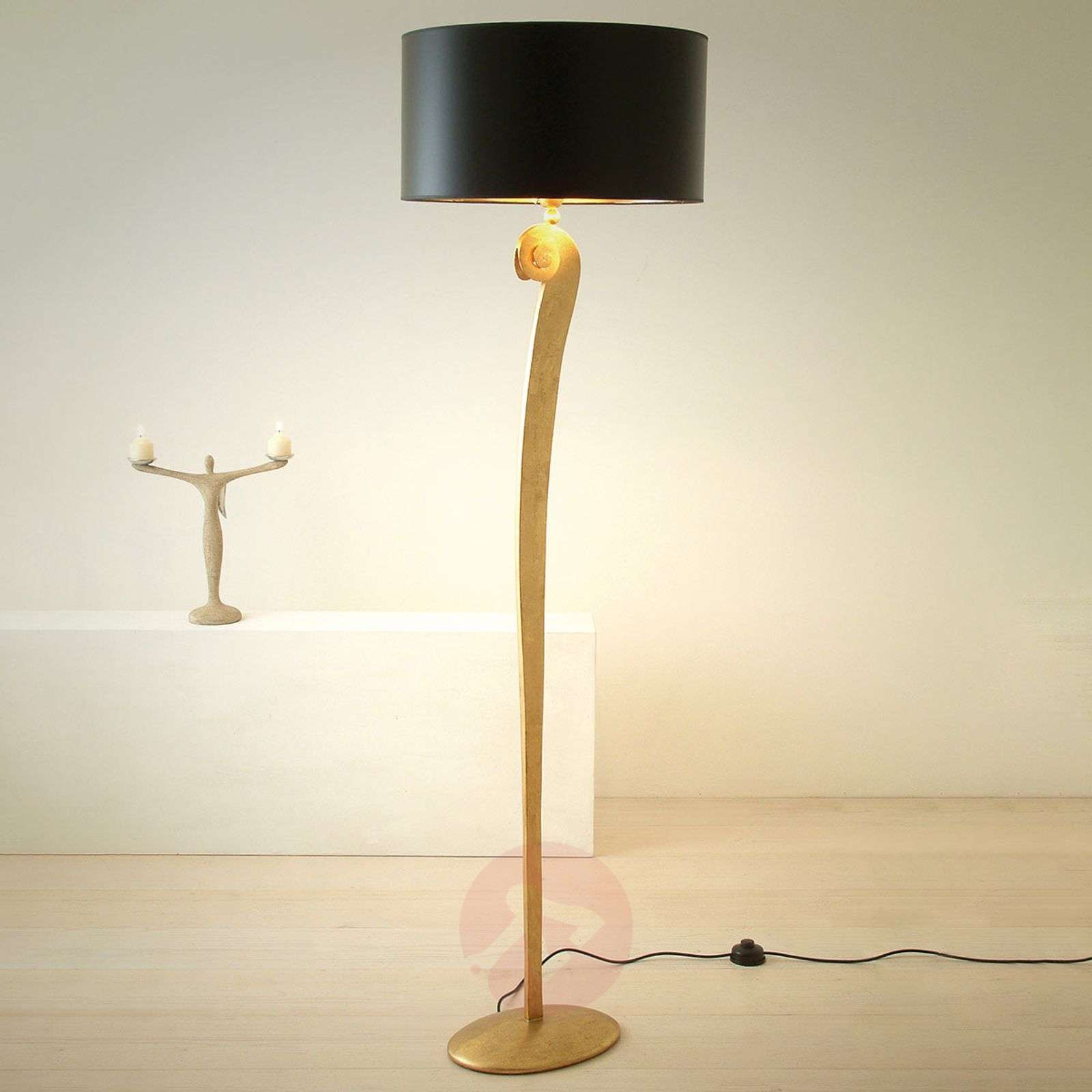 Elegant floor lamp lorgolioso in gold black 4512120 01