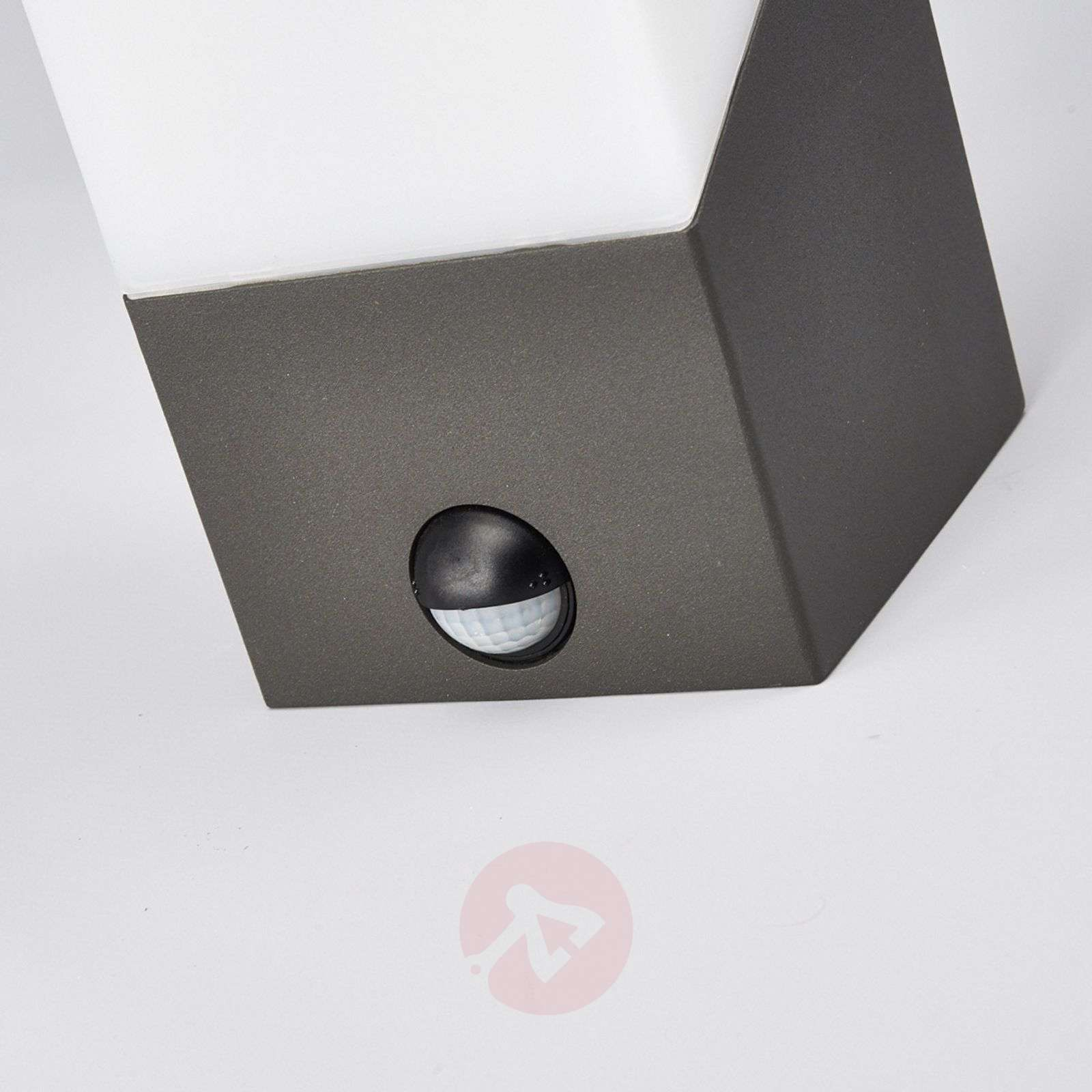 Outdoor Wall Lamp Motion Led Sweden Dark Grey : Kiran Exterior LED Wall Lamp with Motion Detector Lights.co.uk