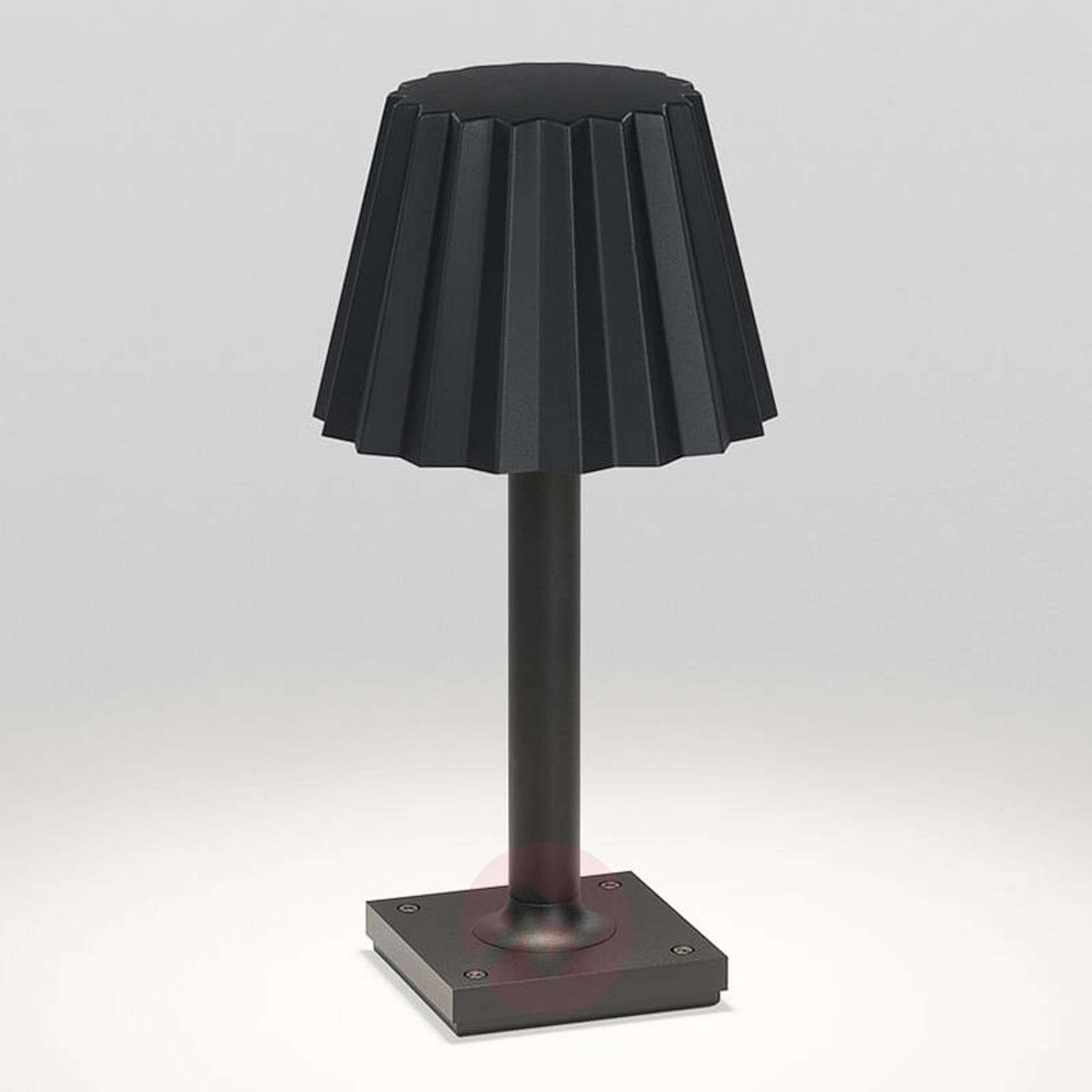 led outdoor table lamp butler p 303 lights co uk