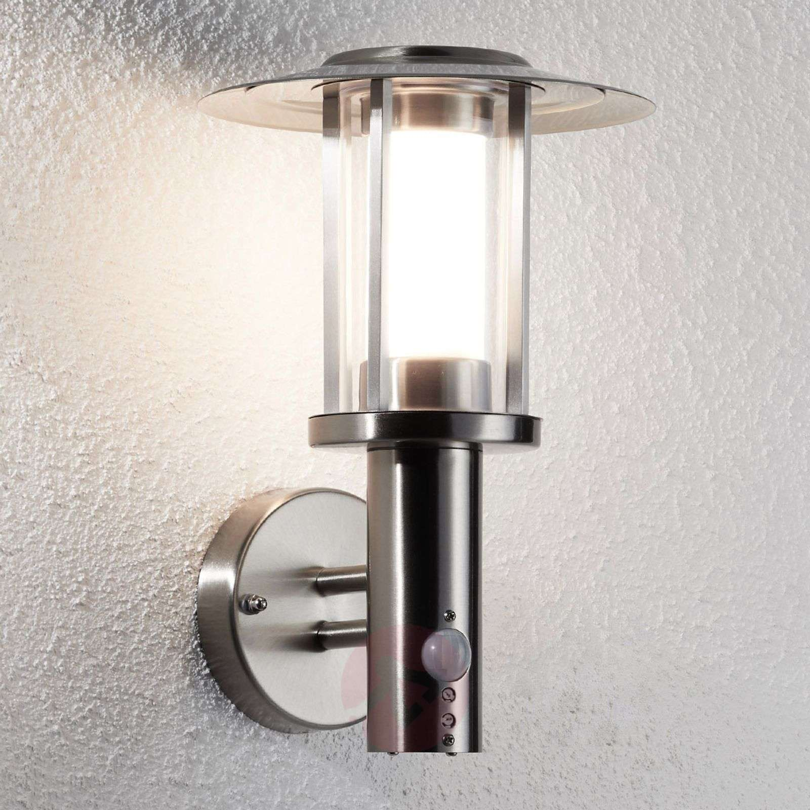 678c9187a6c LED outdoor wall lamp Gregory with sensor
