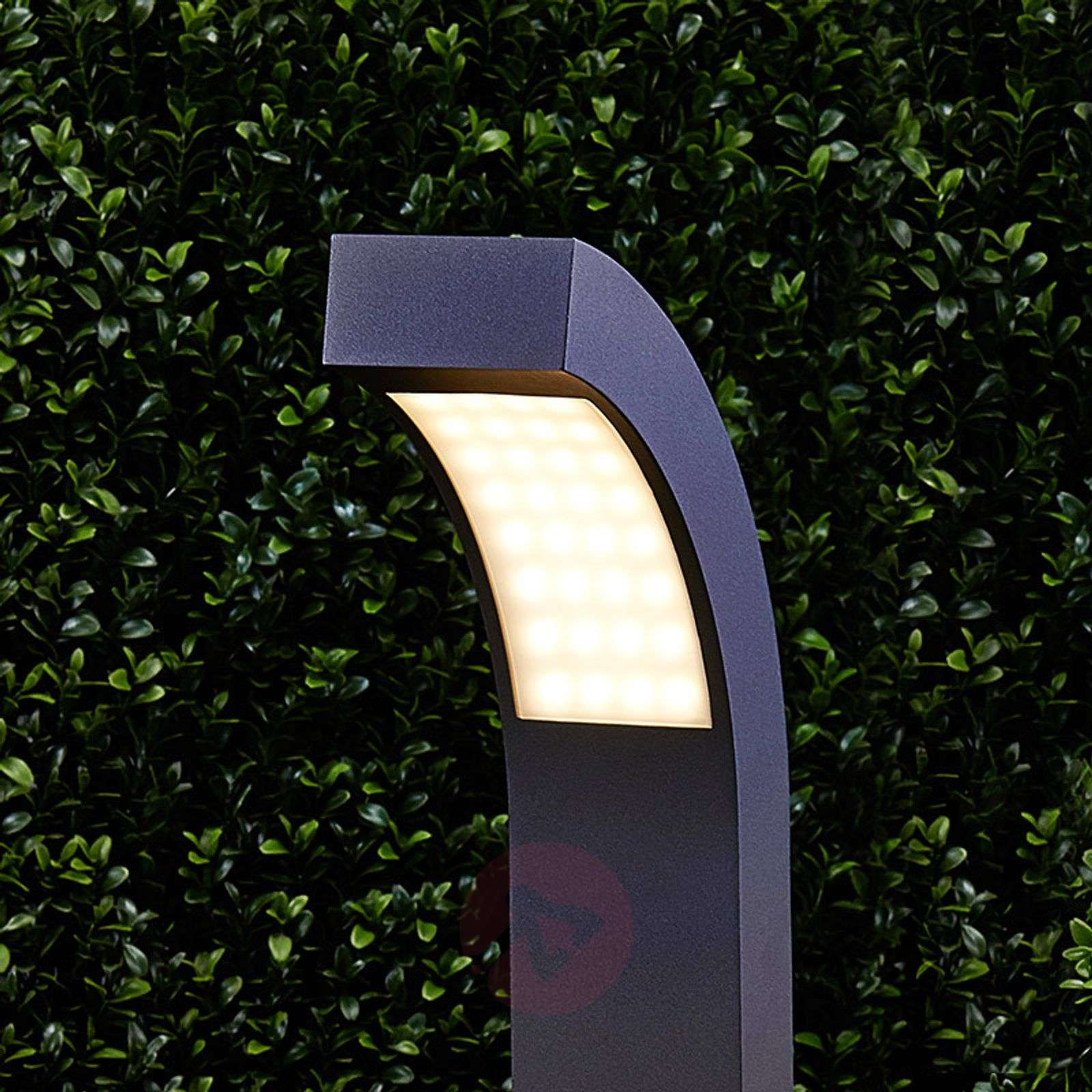 Lennik graphite grey led path lamp for Luminaire exterieur design led