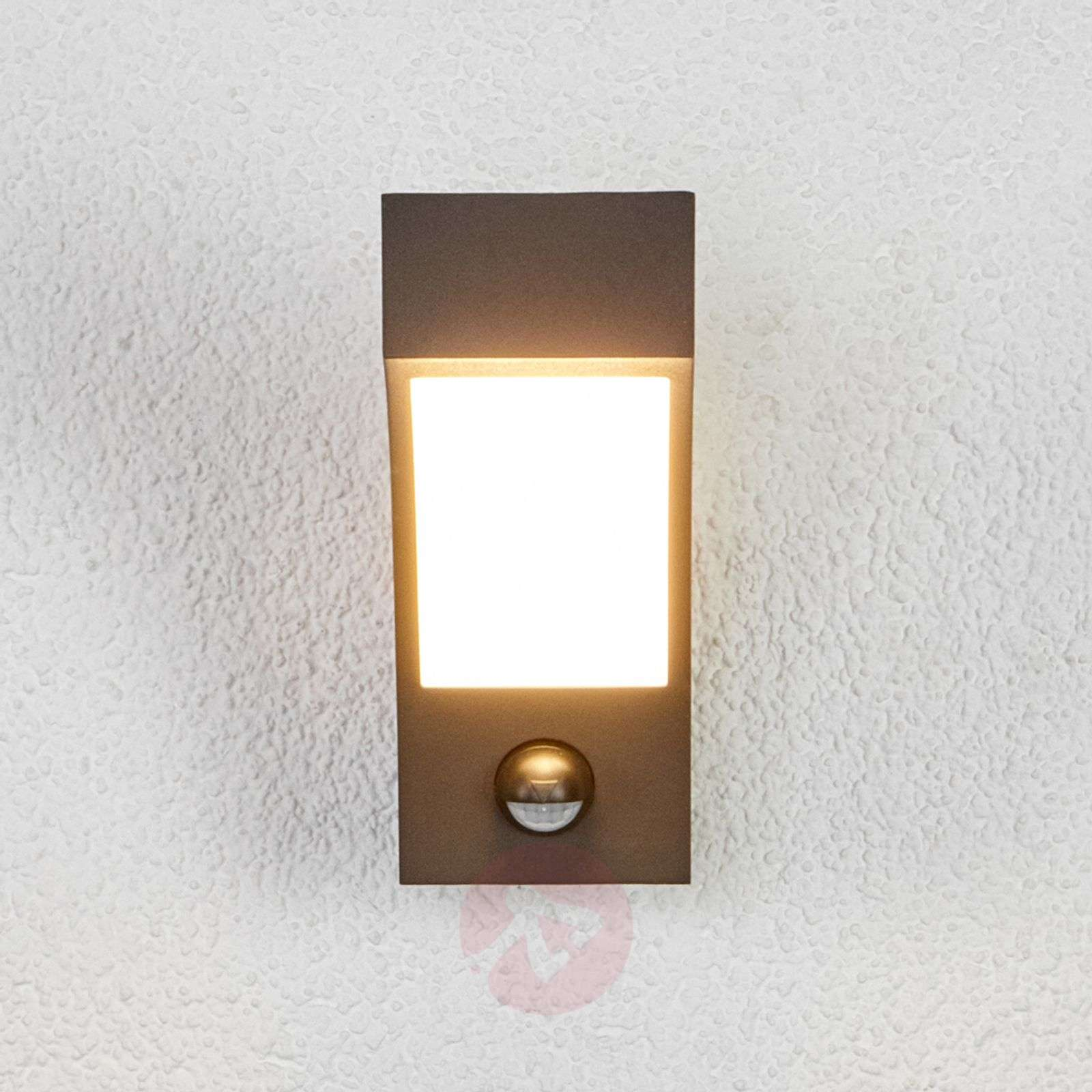 Lennik LED Exterior Wall Lamp with Motion Detector Lights.co.uk