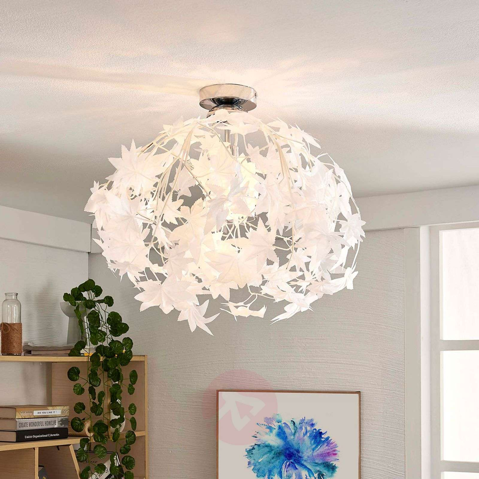 Maple Ceiling Light With Pretty Leaf Decoration Lights