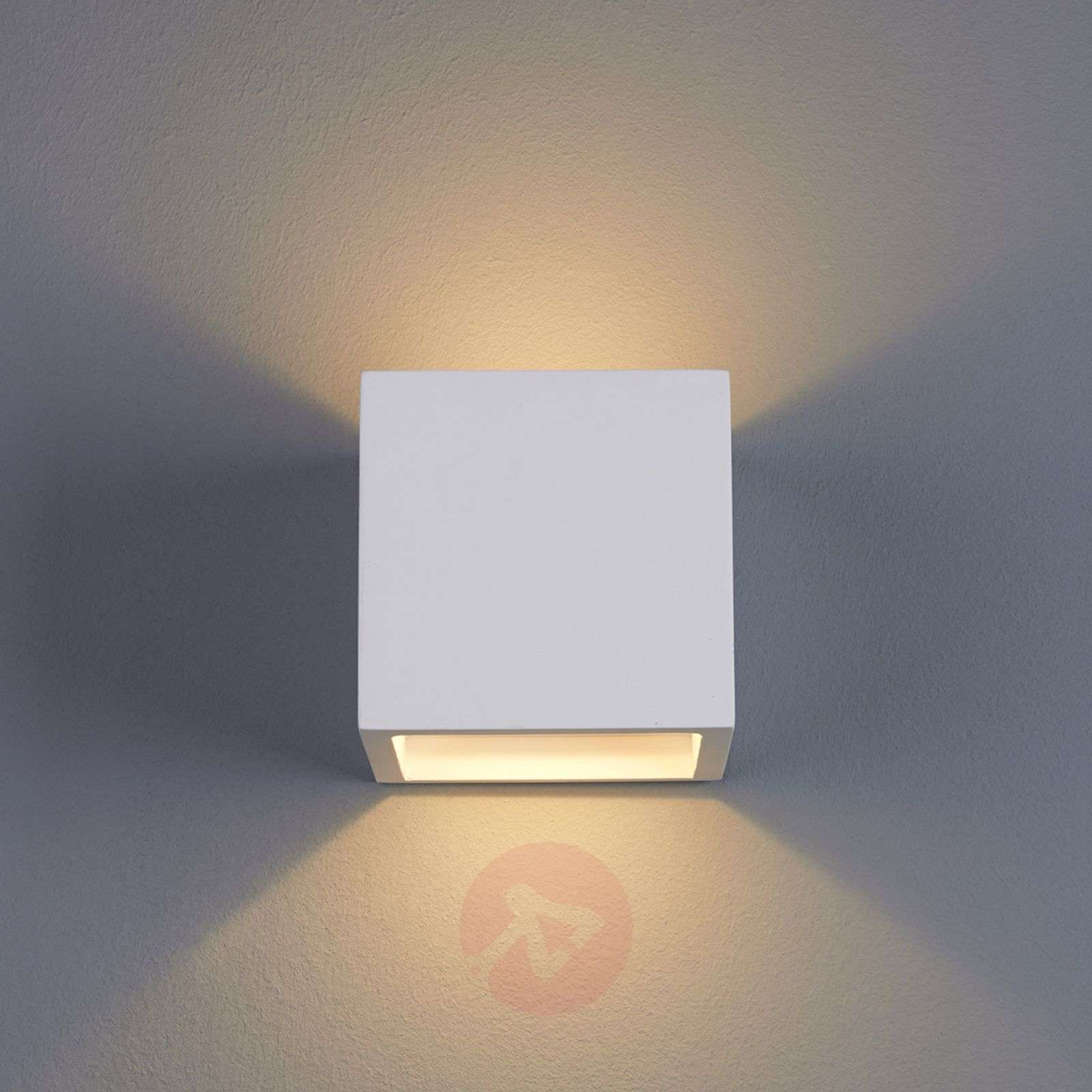 marita led wall light cube shaped plaster. Black Bedroom Furniture Sets. Home Design Ideas