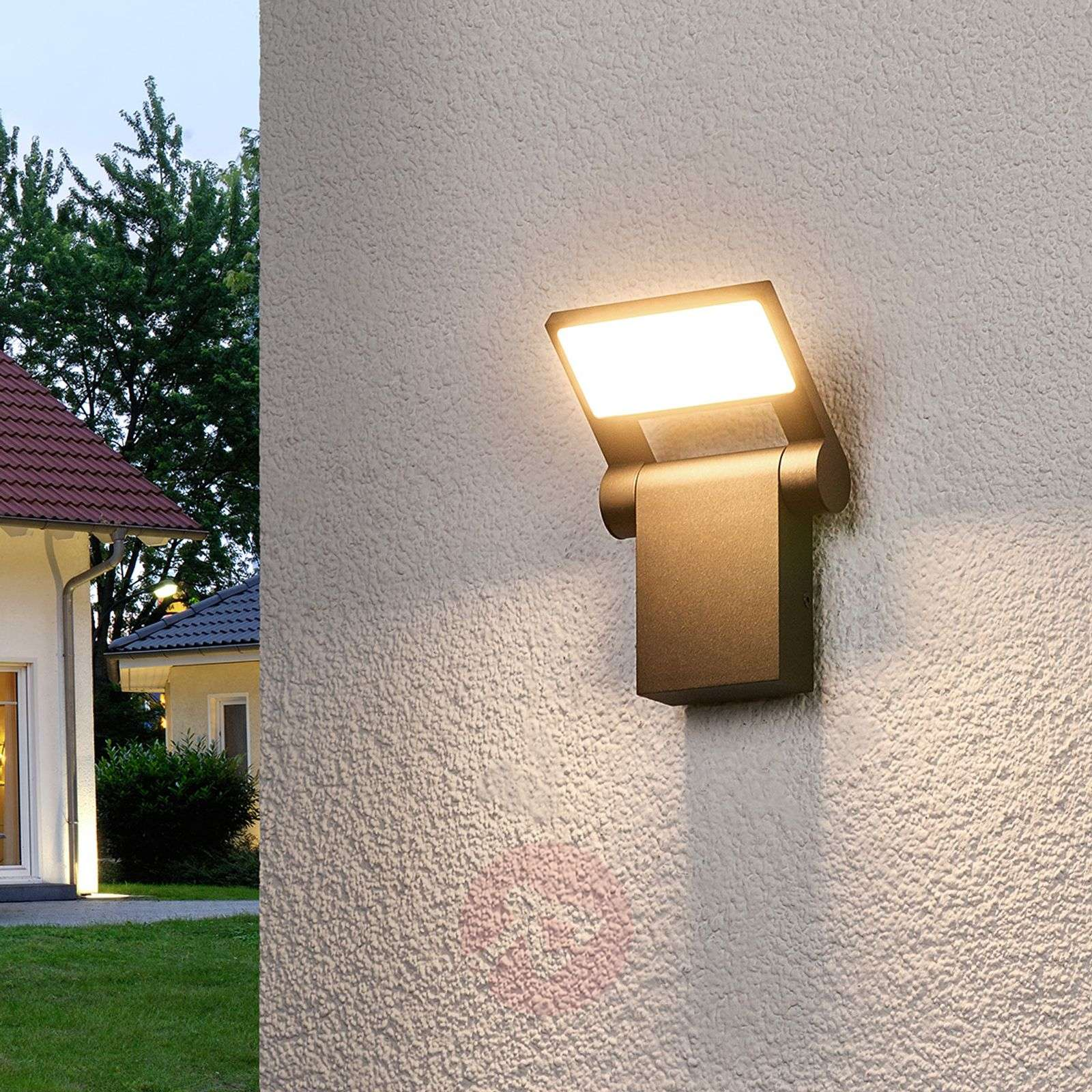 Movable led outdoor wall light marius for Movable exterior walls