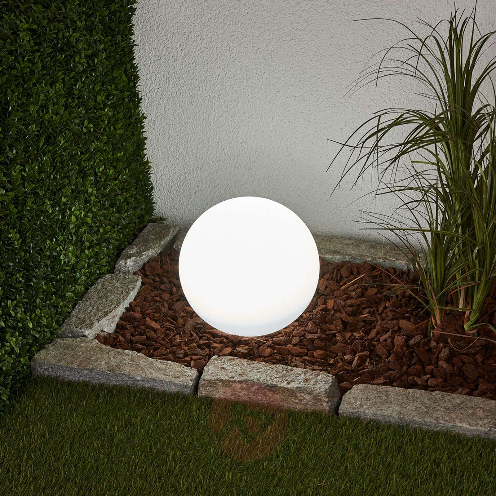 Solar Stake Light - Northern Lights Sphere | Gardeners.com |Solar Sphere