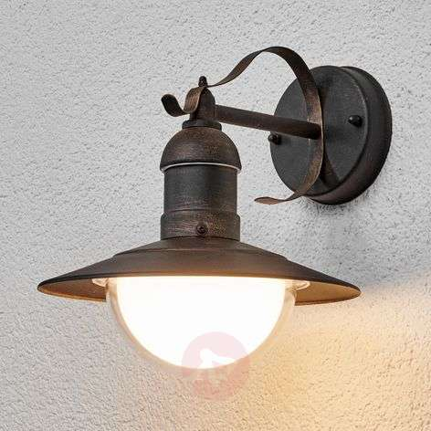 Antique-looking LED outdoor wall light Clea