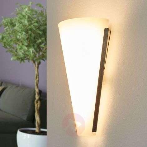 Attractive wall light Luk with LEDs