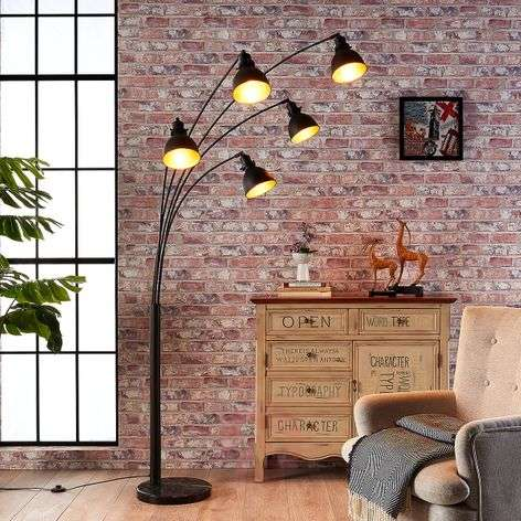 Five-bulb floor lamp Lira in black and gold