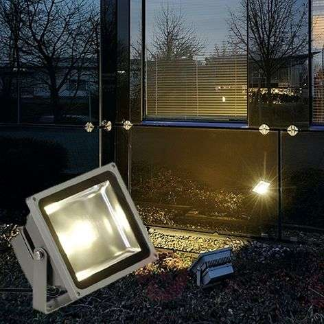 OUTDOOR BEAM LED Strong Exterior Spot 30 W