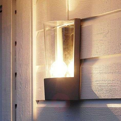Stylish Pino exterior wall light, anthracite