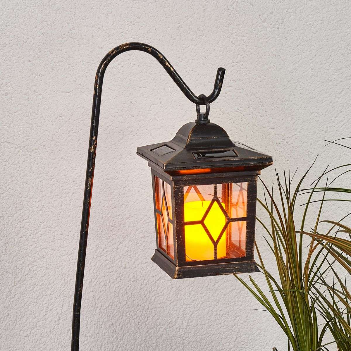 Decorative led solar lanterns beata in a set for Lanterne deco exterieur