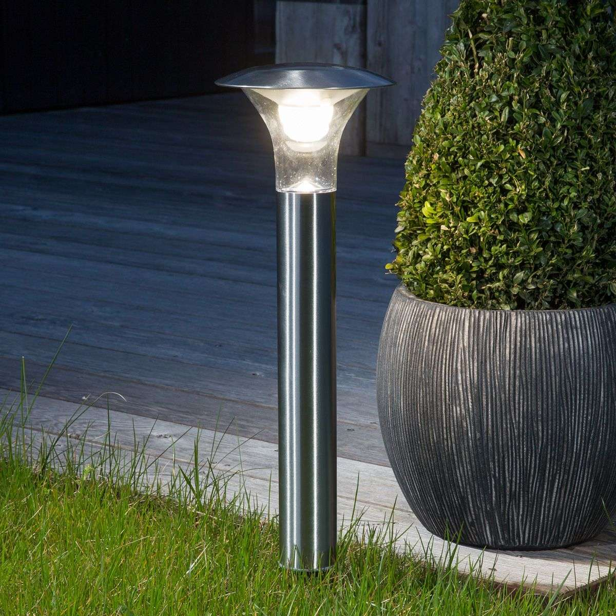 Outdoor Solar Lights In Ground: Jolin Ground Spike Light With LED, Solar-operated
