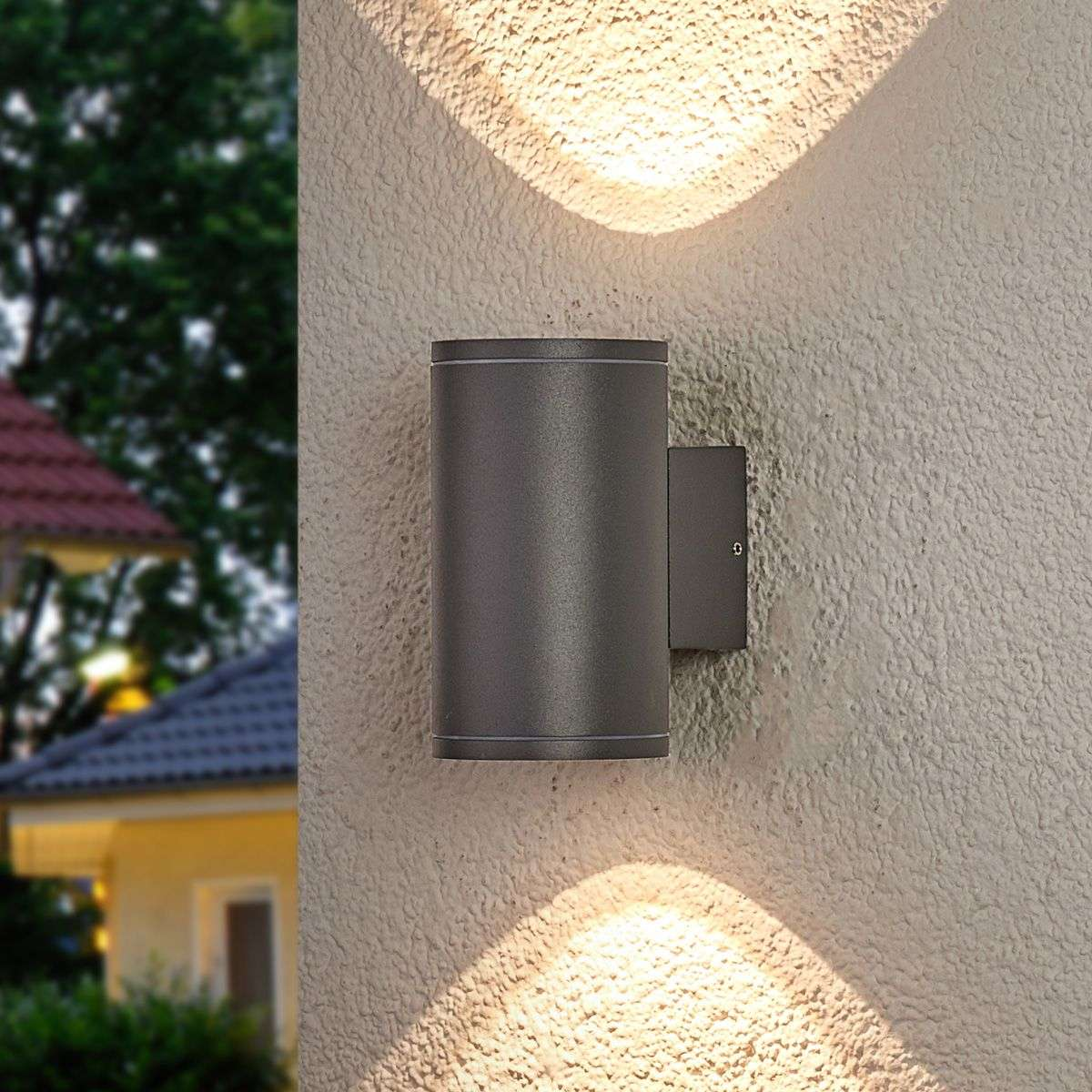 Two light round led outdoor wall light nuria for Luminaire exterieur led design