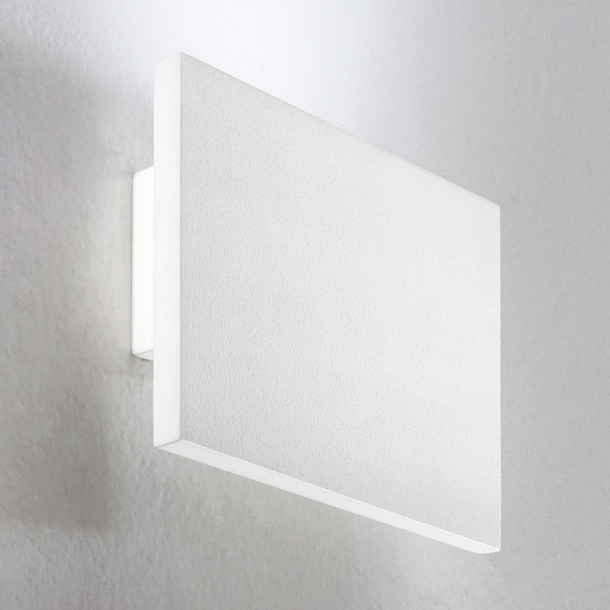 Wall Pictures Light Up : Up-down LED wall light Tratto, 16 W, white Lights.co.uk