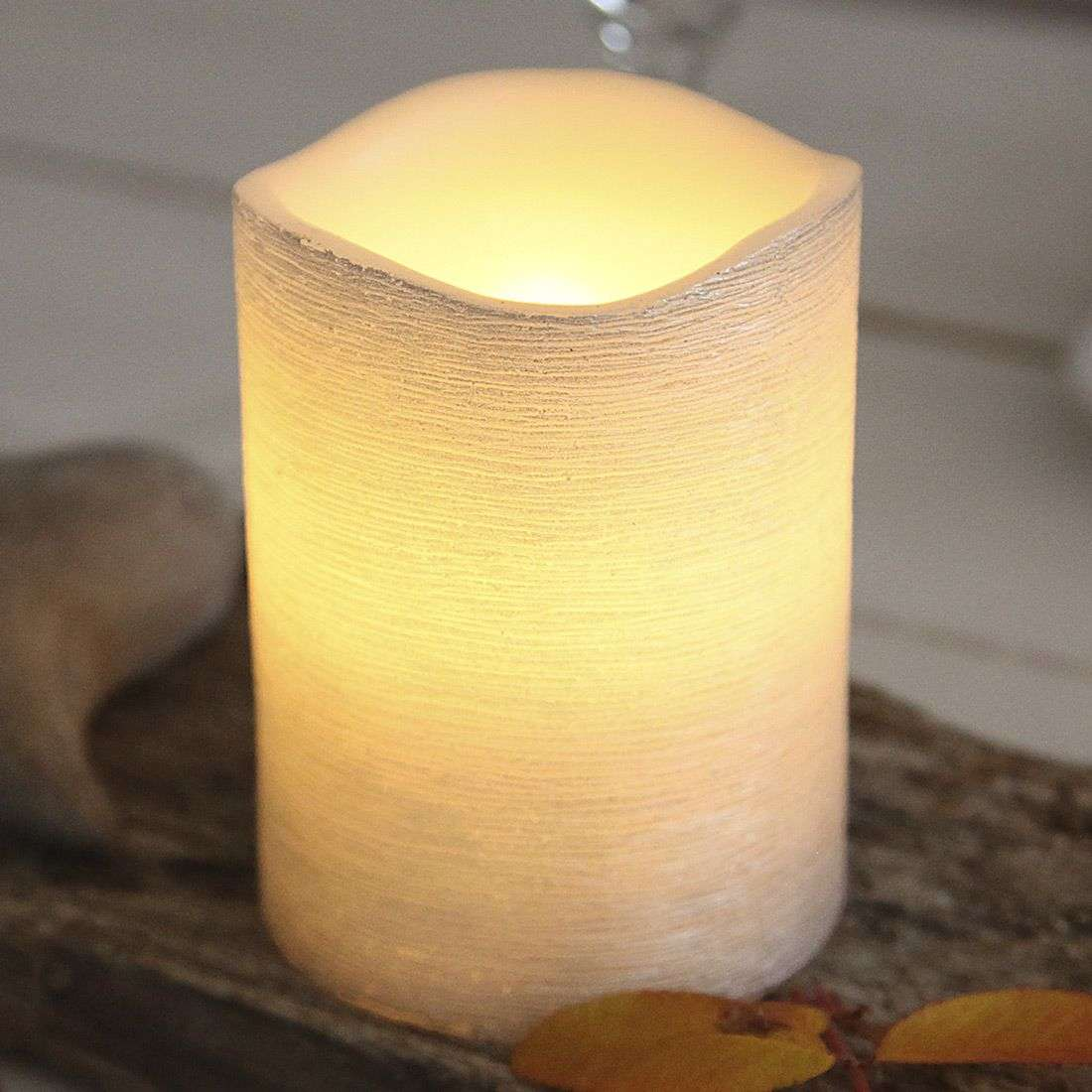 White real waxLED candle Linda structured 10cm-1522547-31